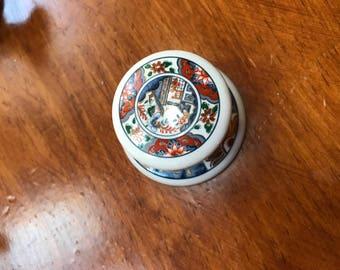 Lot of Vintage Japanese ceramic/porcelain drawer pulls 15 piece set, ( 12 additional base pieces)