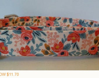 """Puppy Love Sale - 40% Off Dog Collar - Vintage Inspired Peach & Coral Floral Dog Collar """"Amber"""" - Free Colored Buckle"""