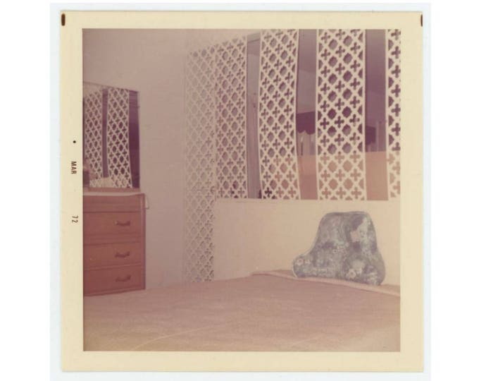Vintage Photo Snapshot: Bedroom, 1972 (76588)