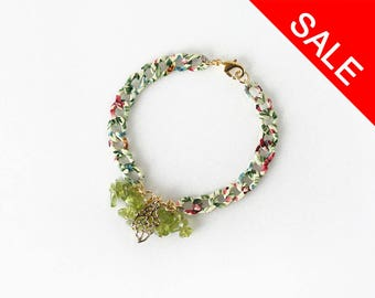 Greenery Peridot Bracelet, Pantone Color of the Year 2017 Inspired Jewelry, August Birthstone - ON SALE (WAS 33)