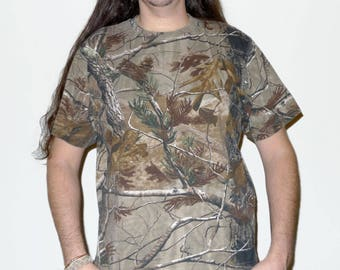 Vintage Camouflage Real Tree Hunting T-Shirt Size L