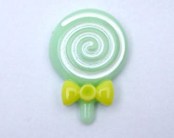 1 x green lollipop resin cabochon