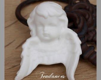 Angel in white ceramic paste or hang 8 x 5.5 cm