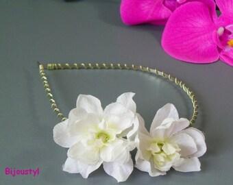 """Headband """"Delphinium"""" with its White delphinium flowers"""