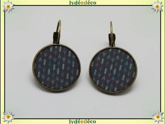 Sleeper earrings retro vintage Chevron pink gray arrows pastel green resin brass bronze 2cm