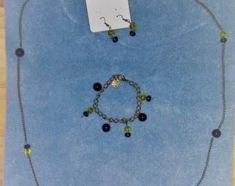 Necklace, earring and bracelet set