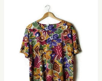 ON SALE Vintage Colorful Floral  Short Sleeve T-shirt From 1980's/Oversize*