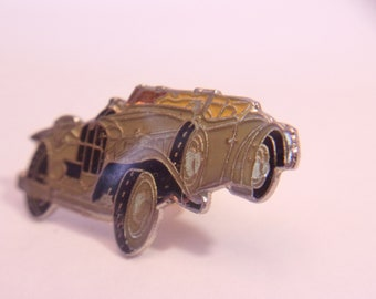 Vintage Cabriolet Car Lapel Pin Roadster Auto Jewelry Unisex Fashion Accessories