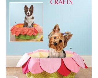 "McCalls 7670 Pet Beds Sewing Pattern, New Uncut 16"" X 8"""