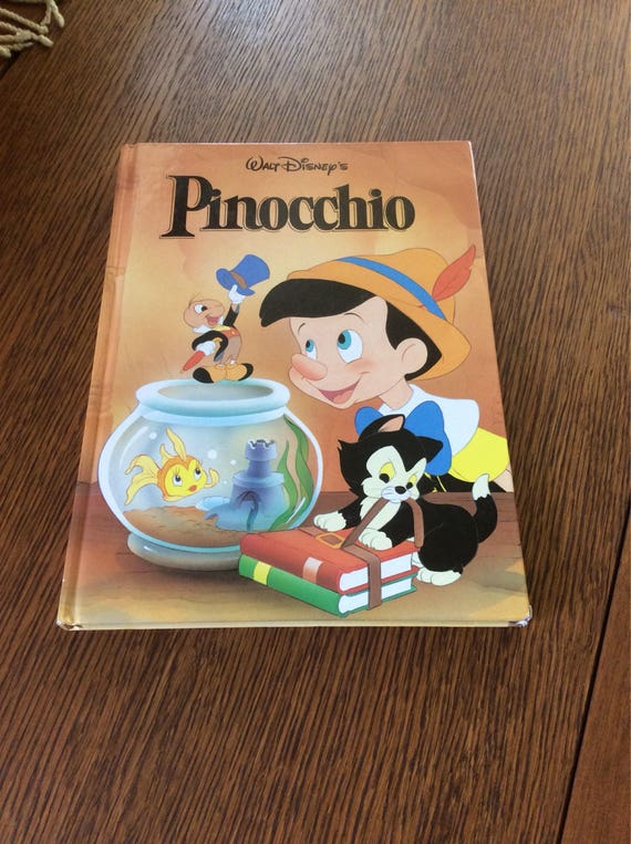 Vintage childrens book, Pinocchio from the Walt Disney Company 1986, large childrens book, great for childrens library