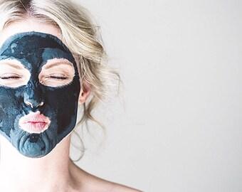 FACIAL MASK // 'Detox' Skin-Clearing Activated Charcoal & Clay Mask - - - Vegan ∙ Organic ∙ 100% Natural
