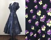 Vintage 1950s Dress / Novelty Print / Pansies / Silk taffeta