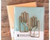 Gekkoso Brass Right Hand Paper Clip