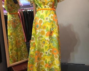 1970 Maxi Floral Dress