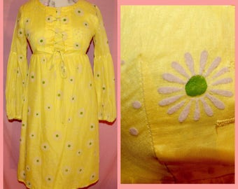 60s babydoll Yellow flower power hippie mod daisy mini dress with peasent sleeves