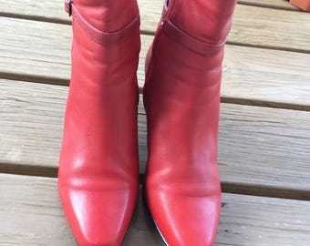 Vintage ankle boots booties red leather size 7.5