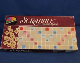 VINTAGE SCRABBLE Selchow and Righter 1982
