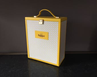 Exceptional 1980s French RUINART Champagne Bottle and Flute Carrier in Yellow Leather in Stunning Condition - Elegant Picnic