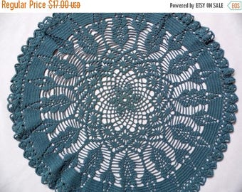 25% SUMMER SALE Beautiful Vintage round grayish blue Crocheted big Doily crochet Table  topper / small tablecloth