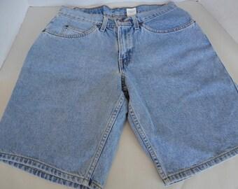 Vintage Levi's 562 Shorts