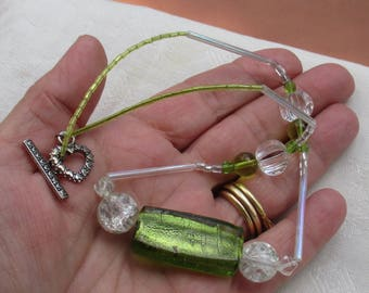 Retro Green Clear Iridescent Beaded Necklace TLC