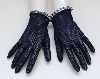 50s Navy Net Lace Gloves - Vintage 1950s Size Small Short Church Gloves