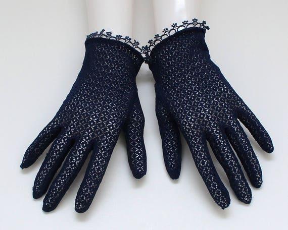 Vintage 1950s Navy Net Lace Gloves