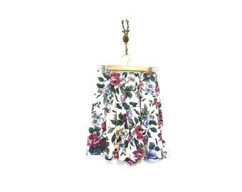 90s Floral Culottes / Short Floral Skirt / 90s Vintage Fashion