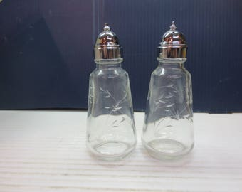One Set Of (2) Princess House Heritage Crystal Salt And Pepper Shakers Set
