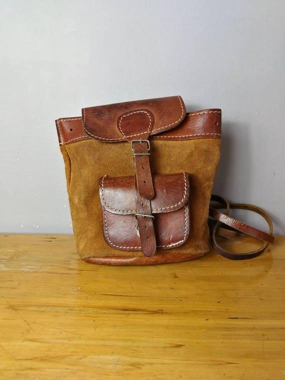 Vintage 70s leather backpack / original tan suede leather back purse / aged leather backpack / brown boho satchel rucksack