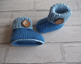 Hugg booties/merino wool booties/baby slippers/christening shoes/baby shower gift/baby boots/ baby boy booties/ photo prop/ baby shoes.