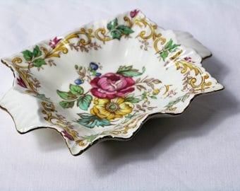 Pin dish, Chintz. James Kent Ltd, Longston, Regency  Scalloped Edge
