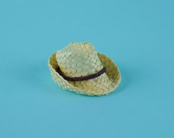 Mens Cream Straw Trilby Sun Hat - 1:12 or 1/12 Scale Dollhouse Miniature, Natural, Panama, for Beach Kiosk, Shop, Vacation, Beach or Garden