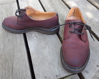 Vintage Doc Martens Gibson Shoes Cherry circa 90s