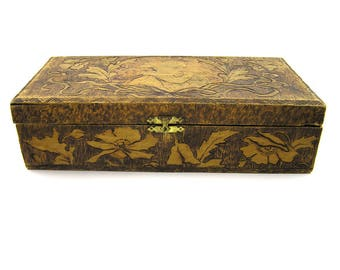 Vintage 1904 Wood Burned Decorative Box with Baby and Flowers Pyrography Box