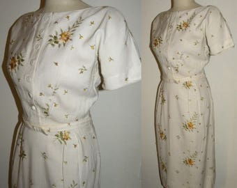 1950s 60s Fitted day dress / Classic / structured / straight skirt / embroidered / chic / L'Aiglon  / 1960s 50s / XS/S
