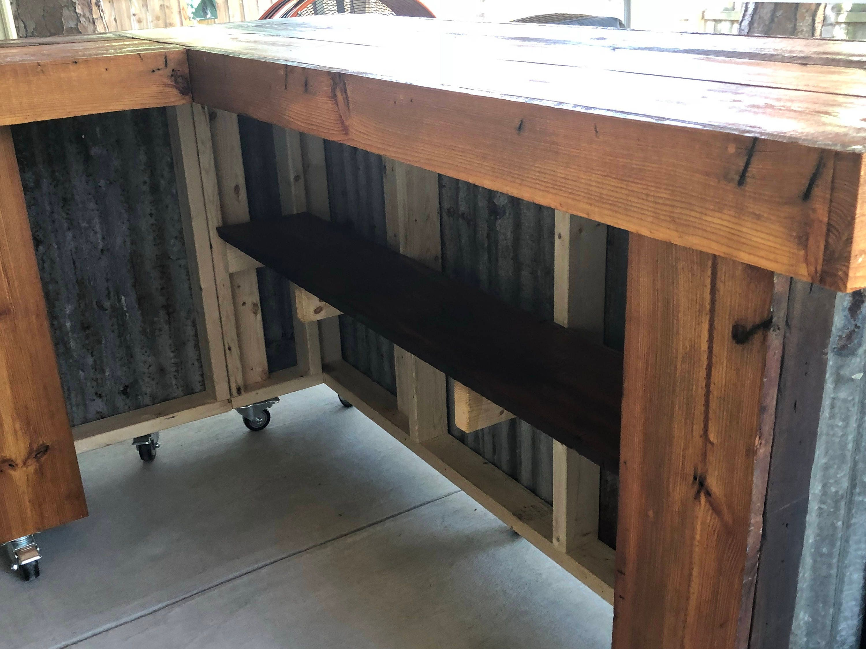 The Rough And Rustic L Shaped Bar 7 X 4 L Shaped