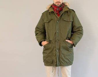 Winter Army Parka - Vintage Seventies Olive Green Army Jacket Army Coat Warm Winter Coat with Hood Faux Fur Trim Peerless Garments Size L