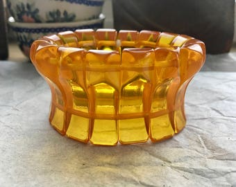 Transparent Prystal Apple Juice Bakelite Stretch Bracelet