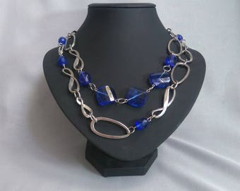 Necklace blue glass beads and metal ring