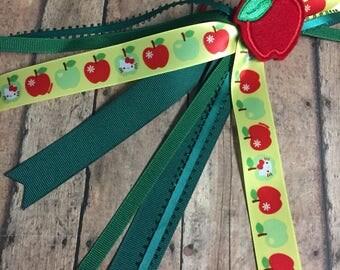 Back to School, School Uniforms, Hunter Green Ribbons, Ponytail Streamers, Uniform Colors