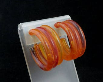 Amber Lucite Hoops, Vintage 1950s Golden Brown Clip-on Earrings
