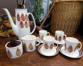 Retro Arthur Wood Coffee Set