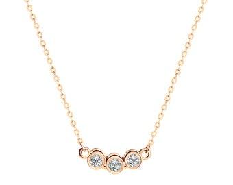 Women 14K Rose Gold 0.15 cttw Diamond Three Bezel Pendant Necklace(GDP09173NPZ)