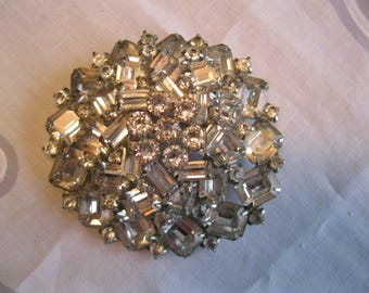 Stunning '50's WEISS LARGE Rhinestone and Crystal Round Brooch