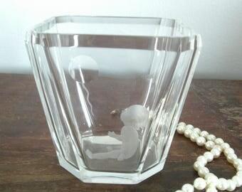 RARE Kosta Boda Etched Crystal Vase Signed Kosta B 1935 Elis Bergh (1881-1954)