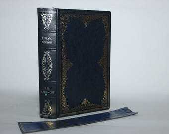 Lorna Doone by R D Blackmore, Heron Books, faux leather binding