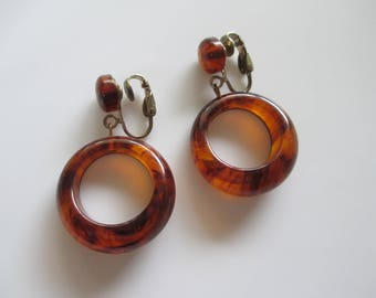 Vintage Bakelite Hoop Dangle Clip Earrings Tortoise Color Free Shipping