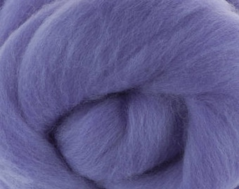 Merino Wool Roving / Combed Top / in DHG Lilac