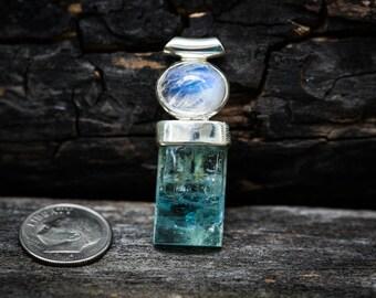 Aquamarine and Moonstone pendant ~ Aquamarine Moonstone Pendant ~ Aquamarine March birthstone - Aquamarine Rainbow Moonstone - Aquamarine